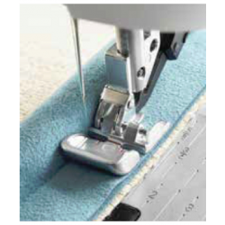 GRAND PIPING FOOT FOR IDT™...